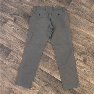 Gap Tailored Khaki in Heather Gray